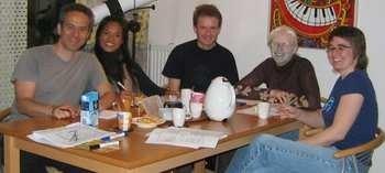 class2007_beginnersII_Tollak_Mayura_Shane_Laurence_Lisa